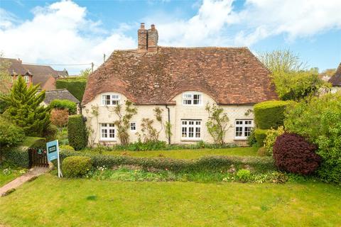 4 bedroom detached house for sale - Upton, Aylesbury, Buckinghamshire, HP17