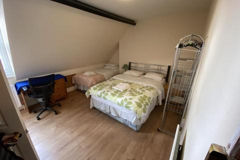 6 bedroom terraced house to rent - Cowley Road,  HMO Ready 6 Sharers,  OX4