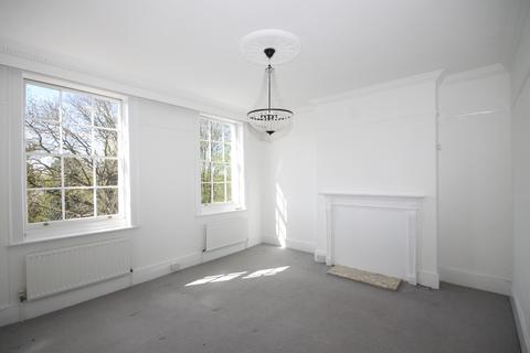 2 bedroom flat to rent - Lloyds Place, Blackheath SE3