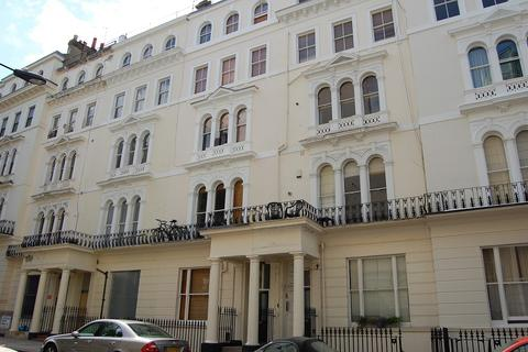 1 bedroom flat to rent - Kensington Gardens Square, Bayswater, London. W2 4BQ