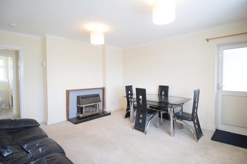 2 bedroom flat to rent - Southall, UB1