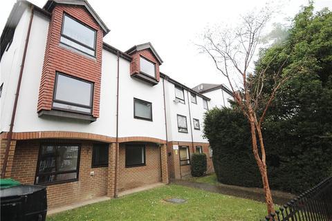 1 bedroom property to rent - Warminster Road, London, SE25