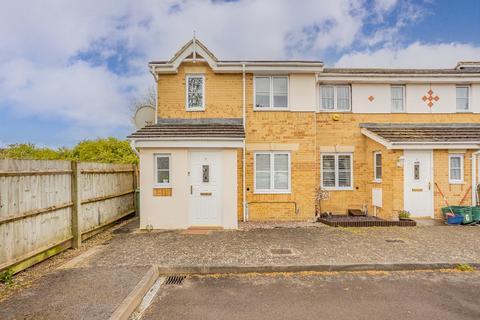 3 bedroom end of terrace house for sale - Goldsmith Close, Cheltenham, GL51