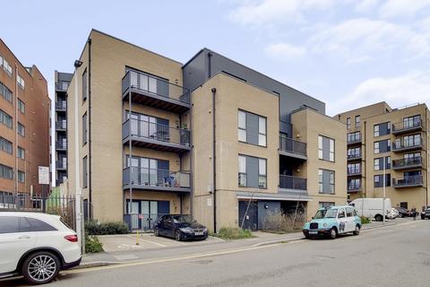 2 bedroom apartment for sale - Elizabeth Court, Clarence Avenue, Gants Hill IG2