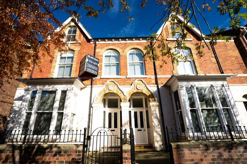 2 bedroom house share to rent - St Georges Road, Hull HU3