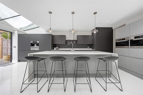 4 bedroom terraced house for sale - Shinfield Street, W12