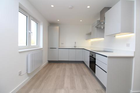 2 bedroom flat to rent - Rochester Way, London, SE9