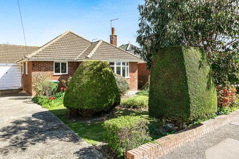 2 bedroom bungalow for sale - Meadow Walk, Middleton On Sea, Bognor Regis, PO22