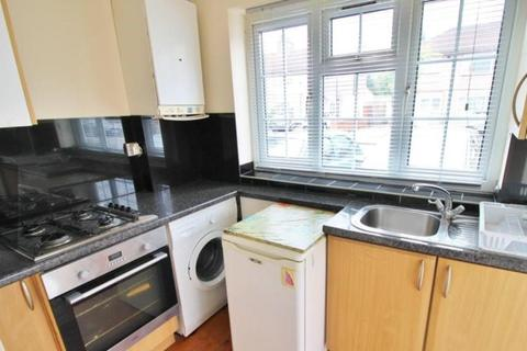 1 bedroom flat to rent - Gaysham Avenue,ILFORD, IG2