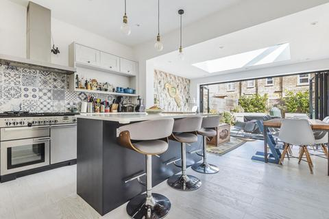 4 bedroom terraced house for sale - Deal Road, Tooting