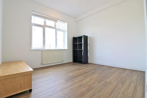 3 bedroom flat to rent - Craven Avenue, Ealing, London. W5 2SY