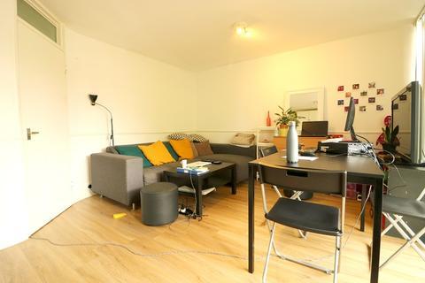 3 bedroom flat to rent - Bloomsbury Close, Ealing, London. W5 3SF