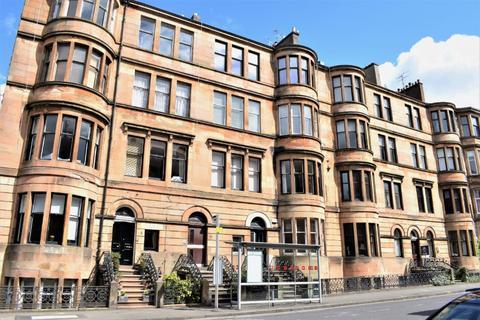 3 bedroom flat for sale - Highburgh Road, Flat 2/1, Dowanhill, Glasgow, G12 9YD