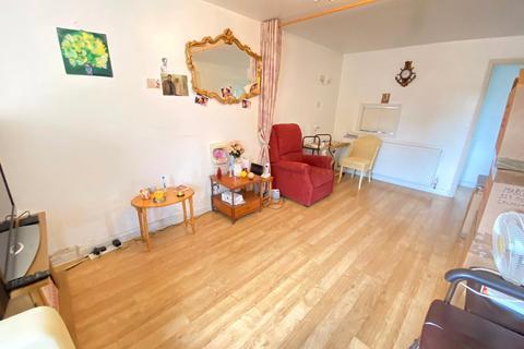 1 bedroom apartment to rent - Beverley Drive, Edgware, HA8