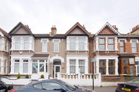3 bedroom terraced house for sale - Central Park Road,London, E6