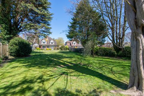 4 bedroom detached house for sale - Ferring - Annexe Potential