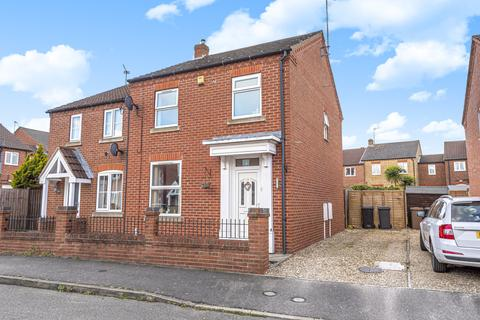 3 bedroom semi-detached house for sale - Falcon Way, Sleaford, NG34