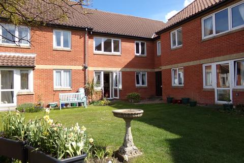 1 bedroom ground floor flat for sale - Sheringham