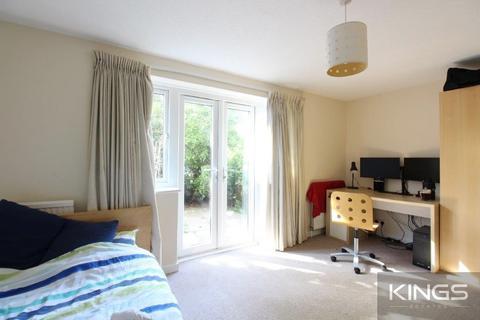 4 bedroom terraced house to rent - Winn Road, Southampton