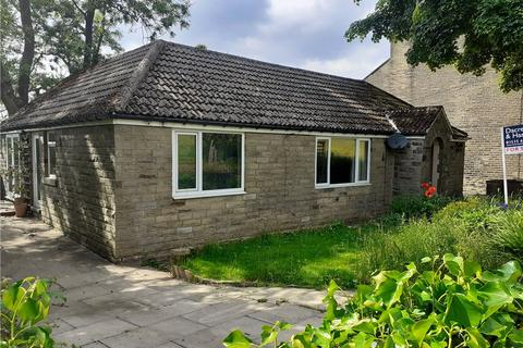 3 bedroom bungalow for sale - Yate Lane, Oxenhope, Keighley