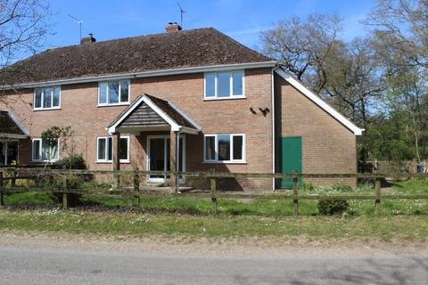 4 bedroom semi-detached house to rent - The Middleway, Longparish