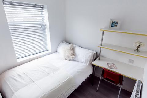 1 bedroom in a flat share to rent - 33 Boughey Rd, Stoke-on-Trent ST4 2BN, UK