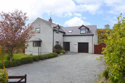 4 bedroom detached house for sale - Gwalchmai