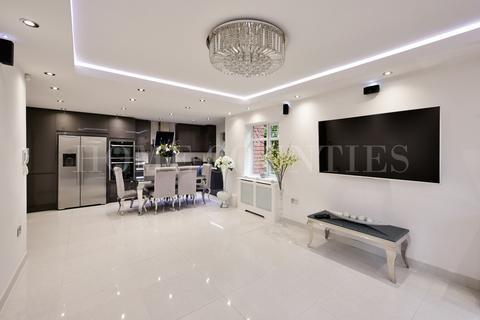 2 bedroom apartment for sale - Thornton Road, Potters Bar, EN6