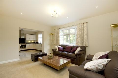 2 bedroom flat to rent - Corringway, Ealing, London, W5