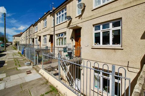 3 bedroom flat for sale - Queens Road, Penarth, Penarth, CF64 1DL