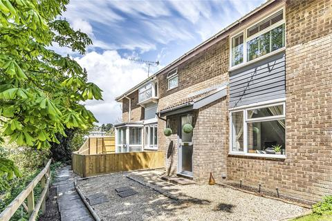 2 bedroom terraced house for sale - Riverdale Walk, Old Town, Swindon, Wiltshire, SN1