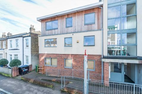 1 bedroom flat for sale - Underhill Road London SE22