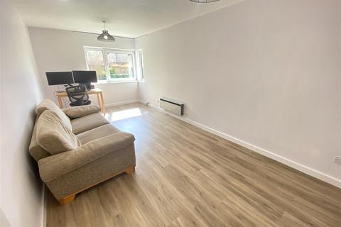 1 bedroom apartment to rent - Beaulands Close, Cambridge