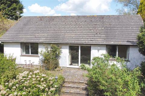 2 bedroom bungalow for sale - Pine Trees, Green Plains, Stepaside, Dyfed, SA67