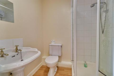 2 bedroom apartment to rent - Nancroft Mount, Leeds