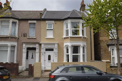 4 bedroom terraced house to rent - Tyndall Road, London, E10