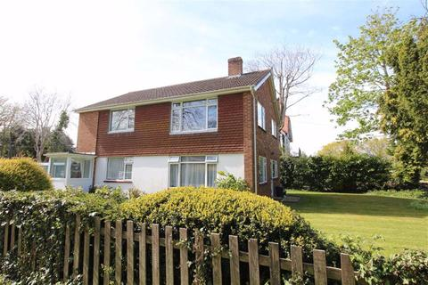 2 bedroom flat for sale - Kennard Road, New Milton, Hampshire