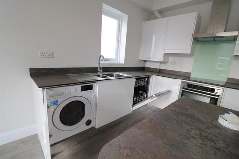 1 bedroom flat to rent - Hastings Road, London