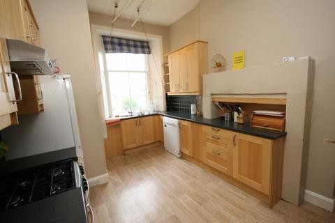 5 bedroom flat to rent - Strathearn Road, Edinburgh