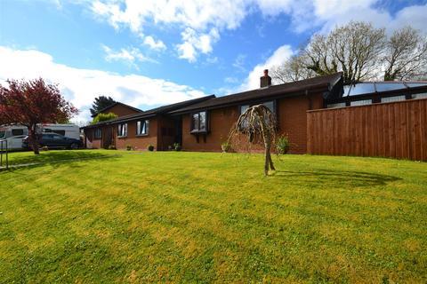 4 bedroom detached bungalow for sale - Southlands, St. Daniels Hill, Pembroke
