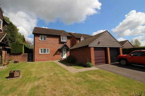 4 bedroom detached house for sale - Church View, Chippenham