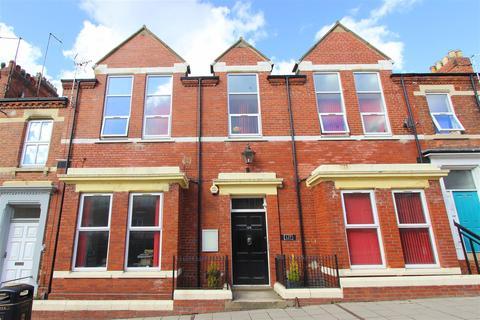 Studio to rent - Victoria Road, Darlington
