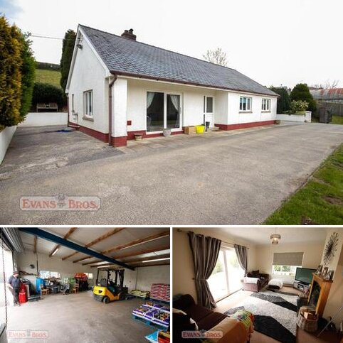 3 bedroom property with land for sale - Pentrecwrt, Nr Llandysul