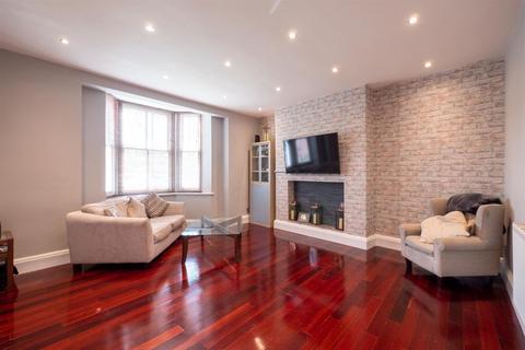 2 bedroom flat for sale - Belle Vue Crescent, Ashbrooke, Sunderland