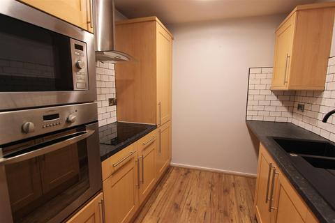 2 bedroom apartment to rent - Kirklee House, Victoria Road, Darlington