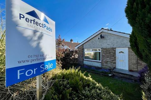 3 bedroom bungalow for sale - Kingrosia Park, Clydach, Swansea