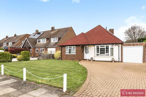 4 bedroom detached bungalow for sale - Wadham Close, Shepperton, TW17