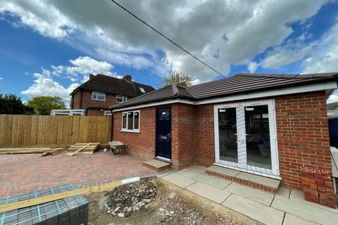 1 bedroom detached bungalow to rent - Didcot,  Oxfordshire,  OX11