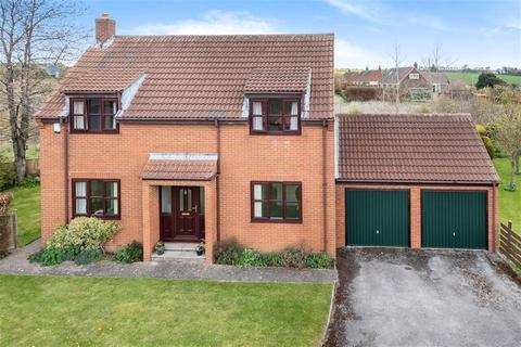 4 bedroom detached house for sale - Station View , Scarborough