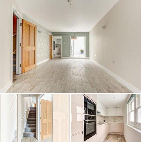 2 bedroom terraced house for sale - Surrey Street